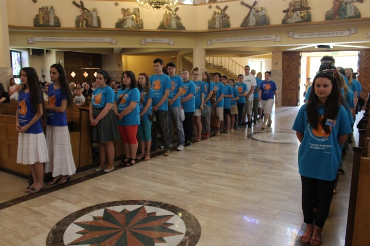 08-06-2015-Zawiercie-Rozesłanie-wolontariuszy-NEZ-1-720x480