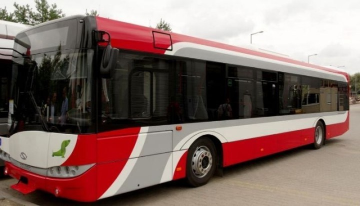 autobusy-mpk-solaris-720x4131-720x413