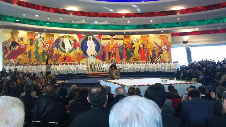Eucharist_with_card_Canizares_Porto_San_Giorgio