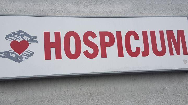 Działanie hospicjum w czerwonej strefie
