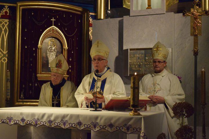 abp senior Stanisław Nowak, abp Wacław Depo metropolita częstochowski, bp Andrzej Przybylski