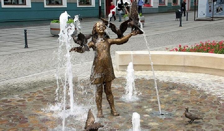 Kurtyny – nie, fontanny – nie wszystkie