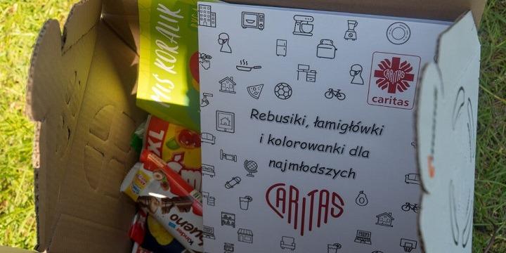 Pudełka Szczęścia dla najmłodszych od Caritas Polska