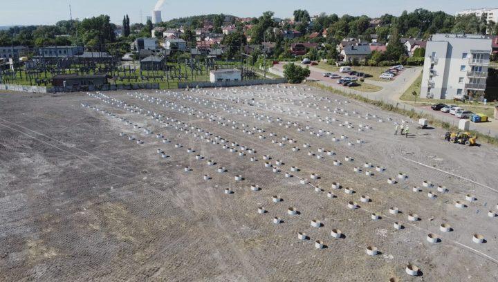 Ruszyła budowa farm fotowoltaicznych na terenach poprzemysłowych