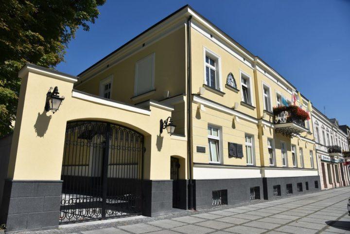 Zarządzenie w sprawie przyjmowania interesantów w budynku Kurii Metropolitalnej w Częstochowie