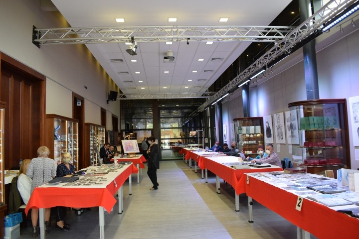 Zlot kolekcjonerów w Muzeum Monet i Medali Jana Pawła II