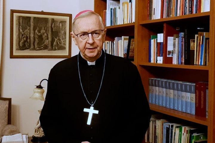 Przewodniczący Episkopatu: przestrzegajmy zasad bezpieczeństwa sanitarnego podczas uroczystości religijnych