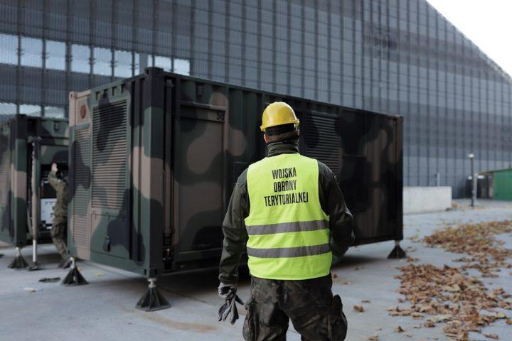 Elektrownia kontenerowa w szpitalu tymczasowym w Katowicach