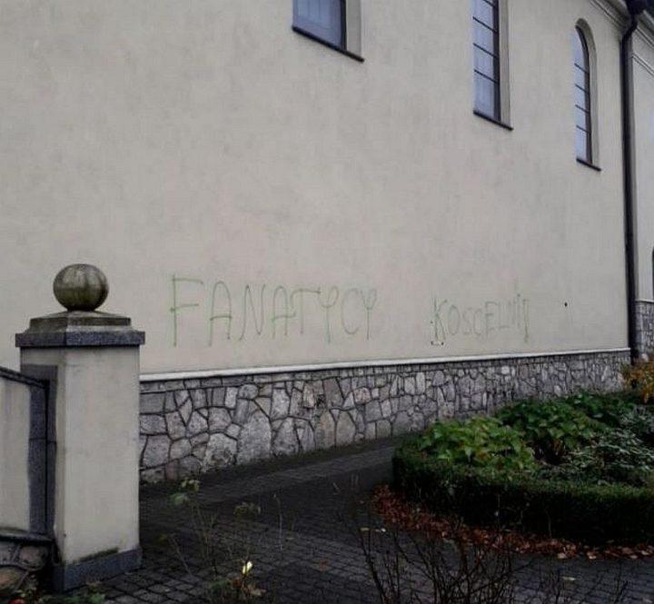Profanacja kościoła w Blachowni