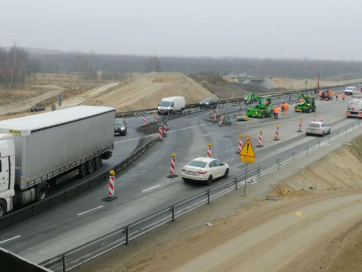 Ułatwienia w jeździe po budowie przyszłej A1 pomiędzy Tuszynem i Częstochową