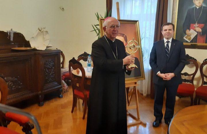 Abp Depo otrzymał relikwie bł. ks. McGivneya
