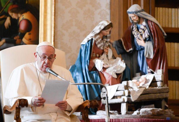Papież do Polaków: Waszej tegorocznej wędrówce Adwentowej niech w sposób szczególny towarzyszy Święty Józef