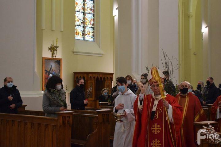 Niedziela Palmowa w bazylice archikatedralnej Świętej Rodziny