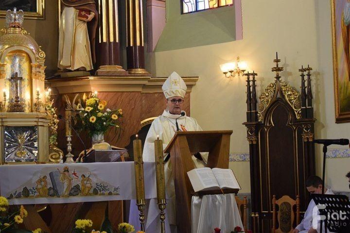 Bp Andrzej Przybylski: pełna świadomość rodzi się ze Słowa Bożego