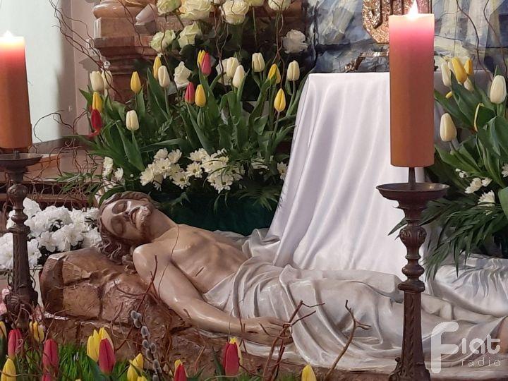 W oczekiwaniu na Zmartwychwstanie – adoracja Grobu Pańskiego